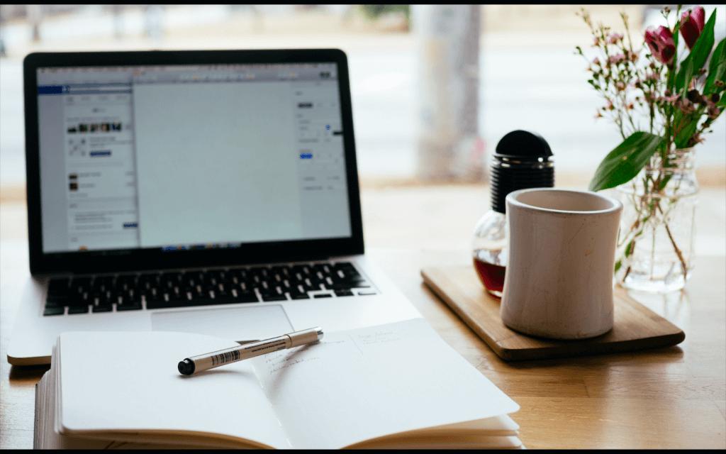 Jak mierzyć efektywność pracy social media moderatorów