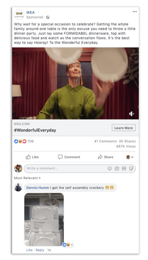 facebook social customer service example