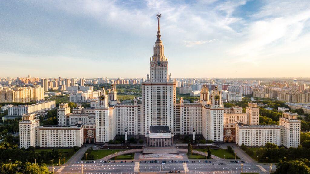 Facebook & Instagram users in Russia 2019