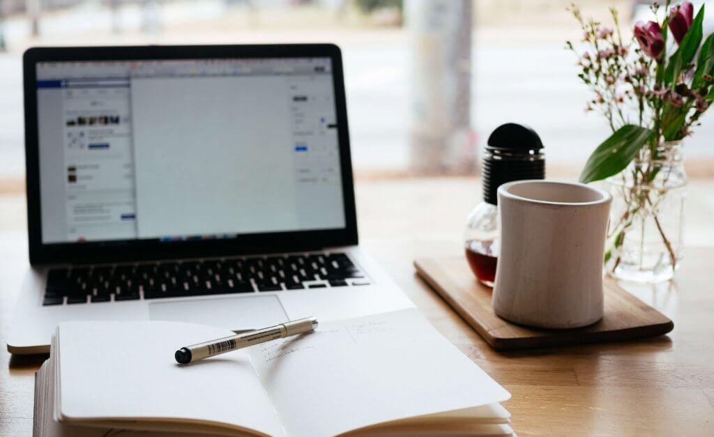 jak mierzyc efektywnosc pracy moderatorow social media