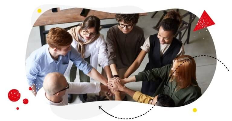 Use Social Media to Show Job Seekers Your Company's Culture